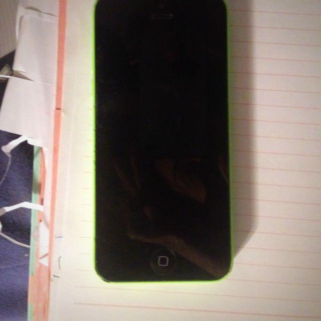Apple iPhone 5c Unlocked 16gb