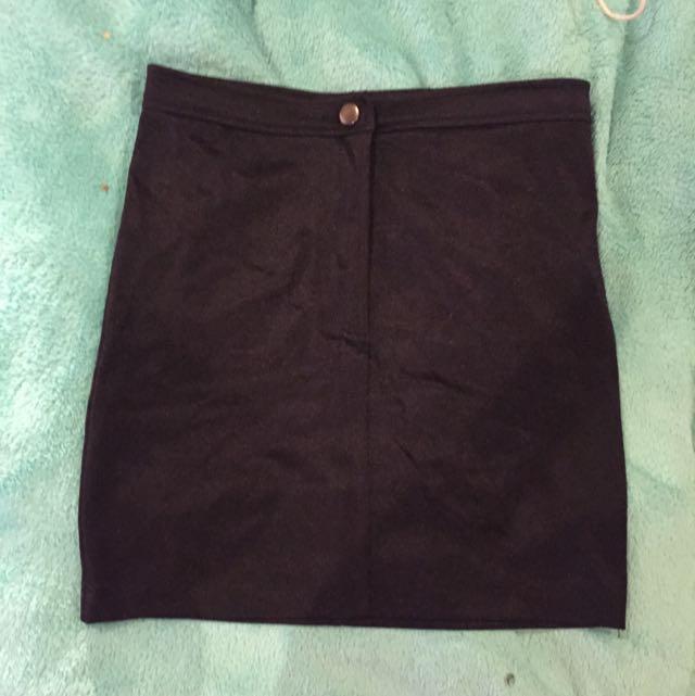 Black Atmosphere Skirt
