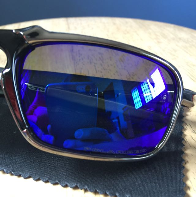 a4c6679625 BEST SELLER  Oakley Badman Polarized Sunglasses (With Spring Tension ...