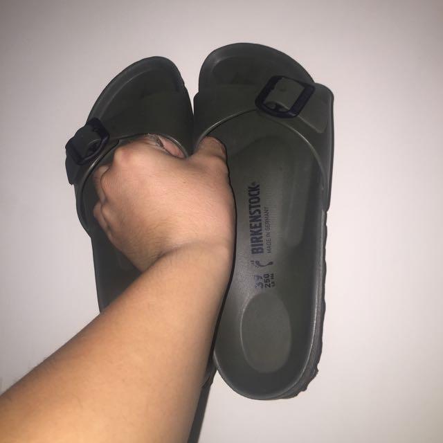 Birkenstock 勃肯 軍綠 防水 拖鞋