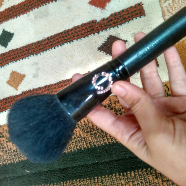 Brush Powder Oriflame