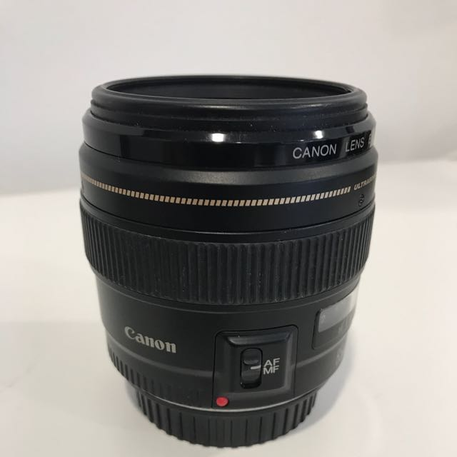 Canon 85mm EF Lens 1.8