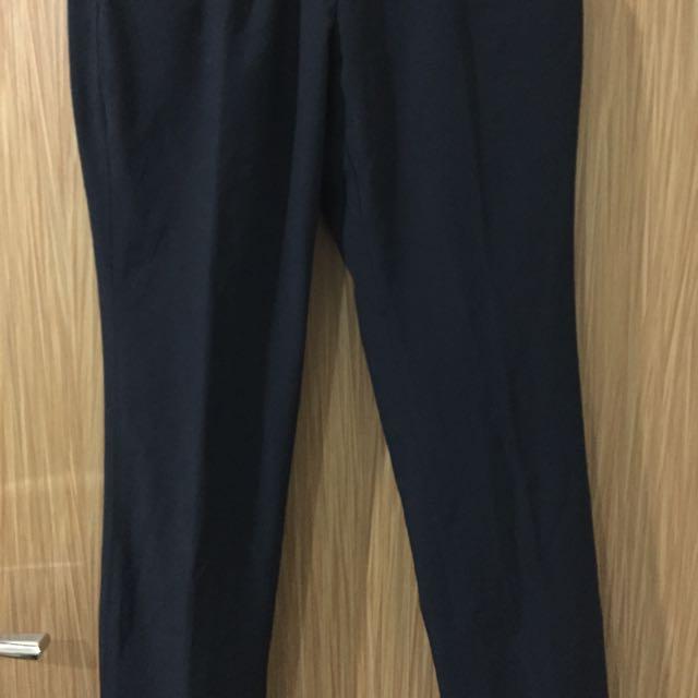 Celana Formal Hitam