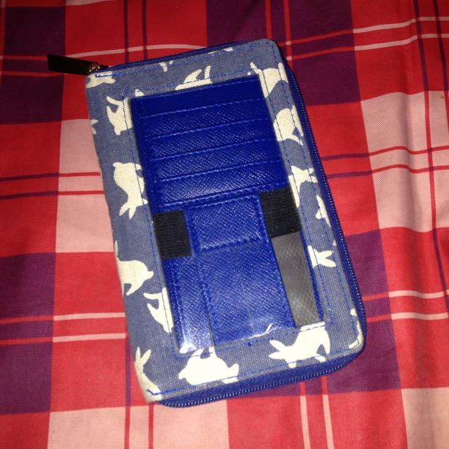 Fashionable Cellphone Wallet