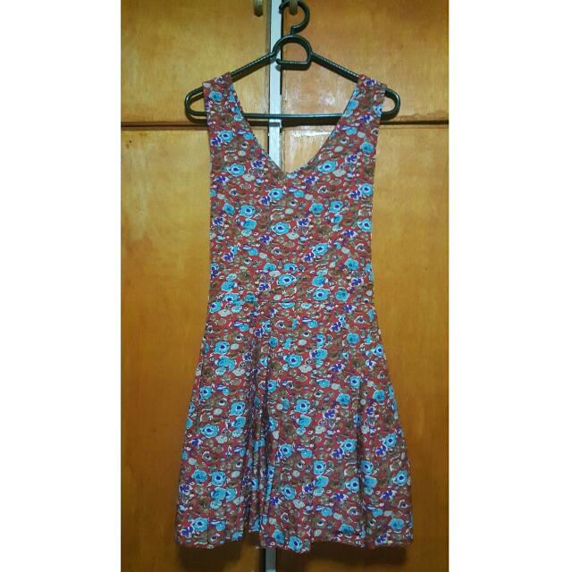 Floral Dress With Tie at the back