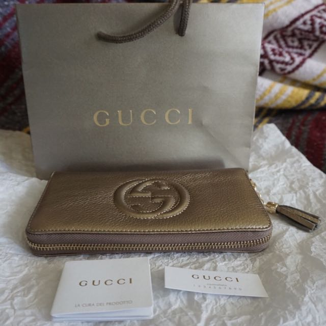 Gucci Soho leather wallet
