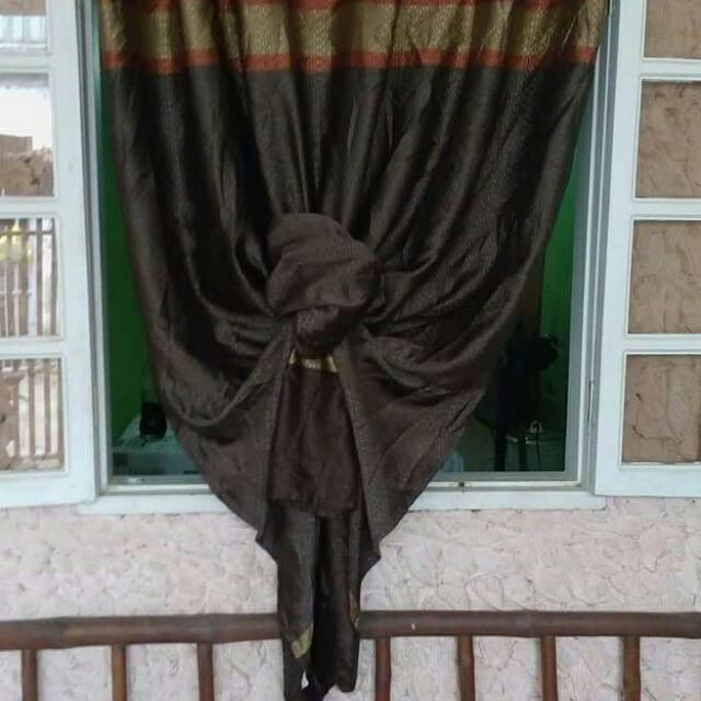 Imported Pre Loved Curtains  In A Very Affordable Price And In Good Condition! Avail Now!