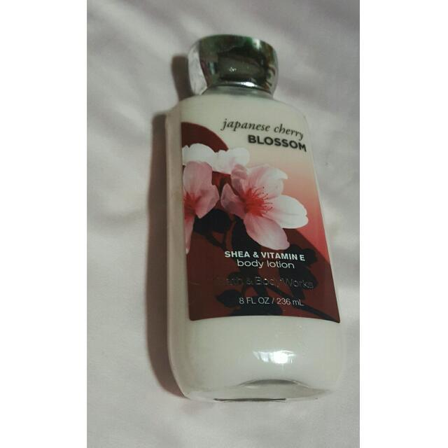 Japanese Cherry Blossom Bath&Body Works (US Auth)