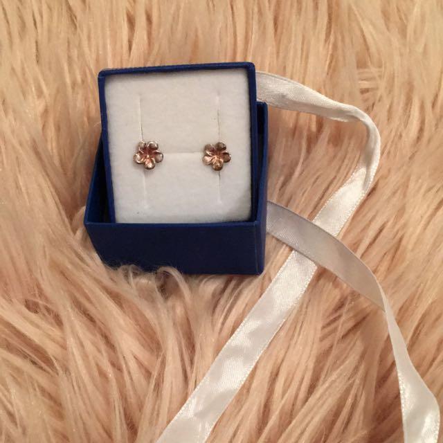 Never Used Flower Earrings