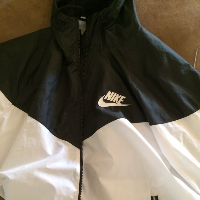 Nike Black And White Windrunner