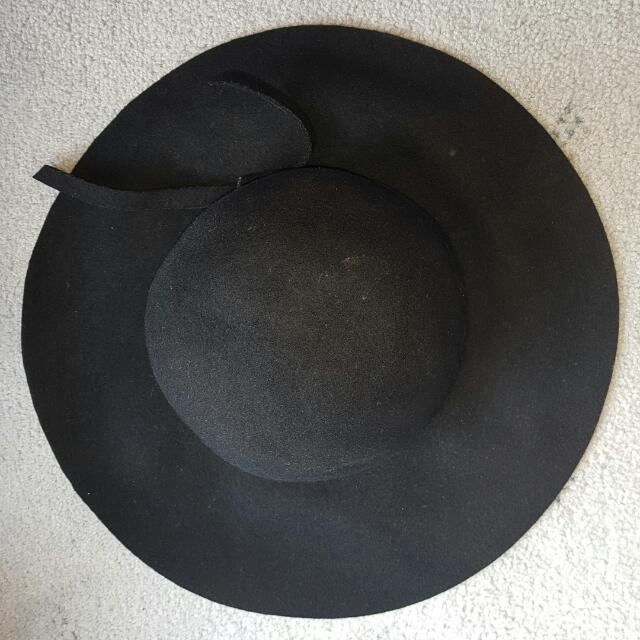 Sportsgirl Black Floppy Hat