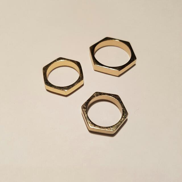 TOPSHOP Hexagonal Rings In Gold In SML Sizes