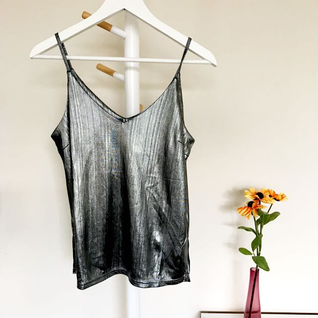 [VALLEYGIRL] Metallic Black Camisole