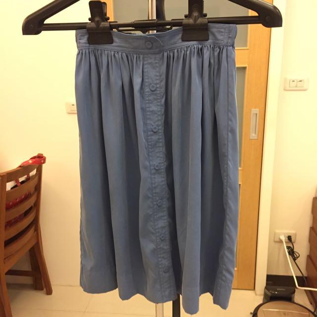 Zara 蜜桃絨及膝裙 水藍