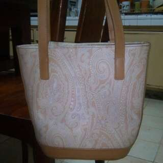 Liz Claibonne..11 inch by 11..used Only Once...padala Fr Us...slightly Negotiable Rfs..so Many Bags..