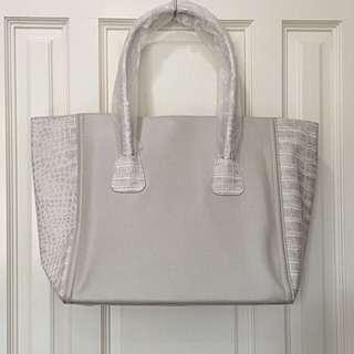 BN Estee Lauder Bag
