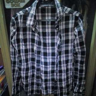 Checkered long sleeve shirt