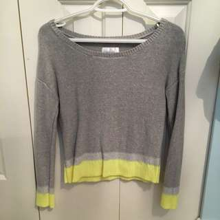sparkly grey ans yellow sweater