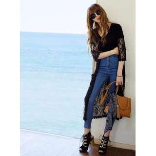 日本專櫃 abc une 櫃點限定折扣品 勾織蕾絲長版綁帶罩衫-黑