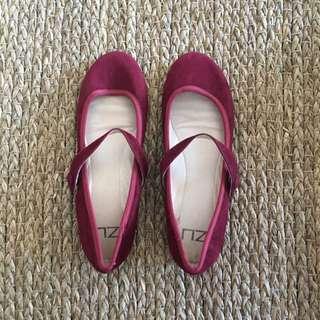 Zu Flats Size 39