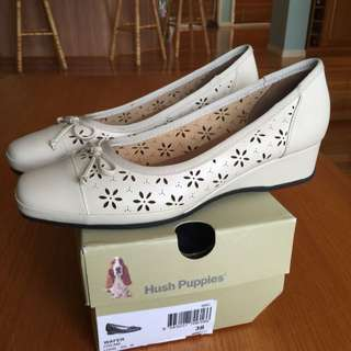 Hush puppies Wafer Cream Shoes Size 38