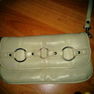 Small Cream-colored Sling Handbag