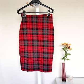 [VALLEYGIRL] Checkered Midi Skirt
