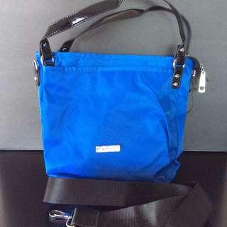 Brand NEW Light Weight Nylon Handbag Crossbody or Hand held BNWT