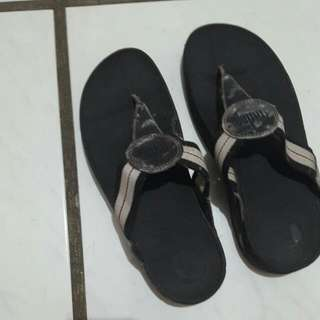 fitflop brown