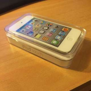 iPod touch 64GB BRAND NEW