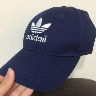 adidas深藍帽