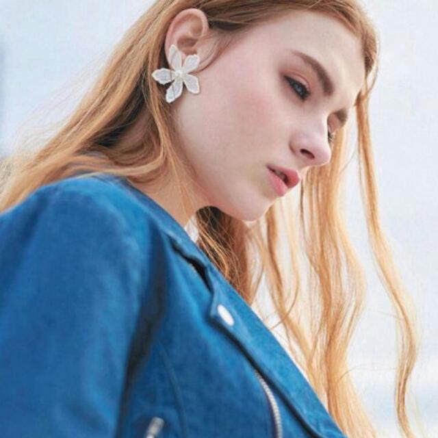 韓版蕾絲花朵珍珠耳環