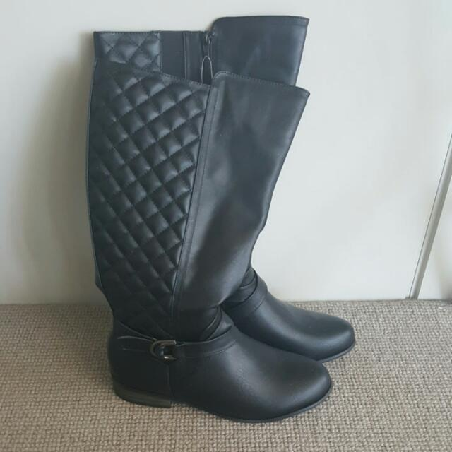 Brand New Black Boot With Tags - Size 41