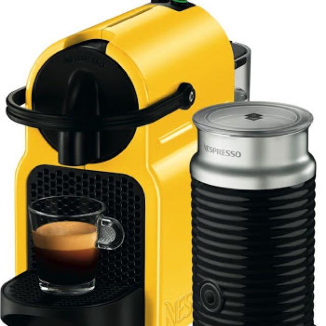 Brand new DeLonghi EN80YEAE Delonghi Inissia Capsule Machine - Canary Yellow