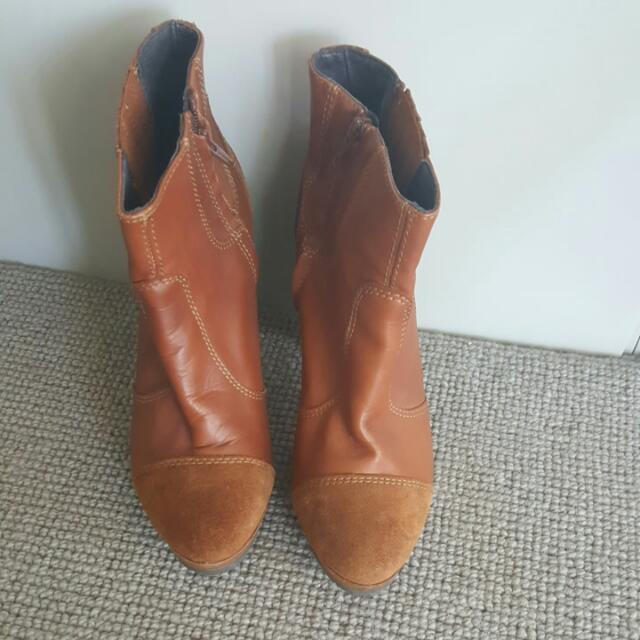 Reduced - Diesel Camel Bootie - Size 41