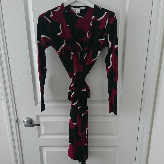 DVF Wool Wrap Dress Sz Small