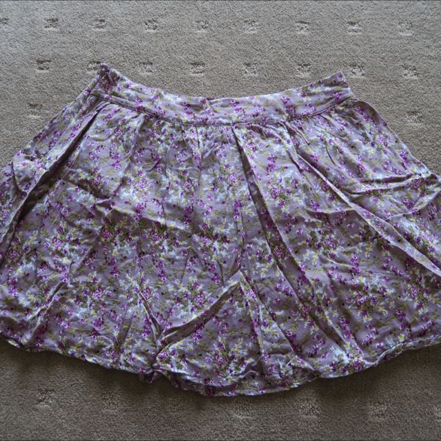 Forever 21 Floral Print Skirt Size 8