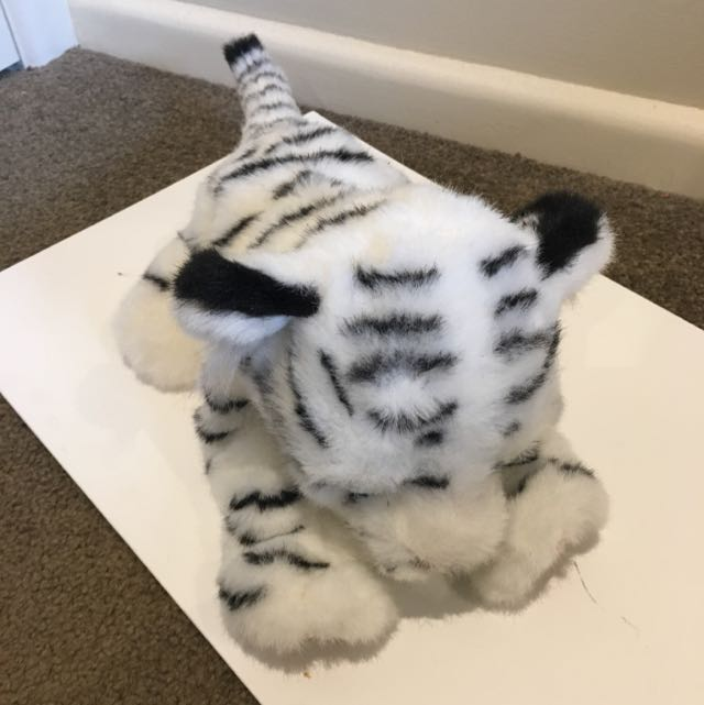 Fur Real Friends Sleeping White Tiger