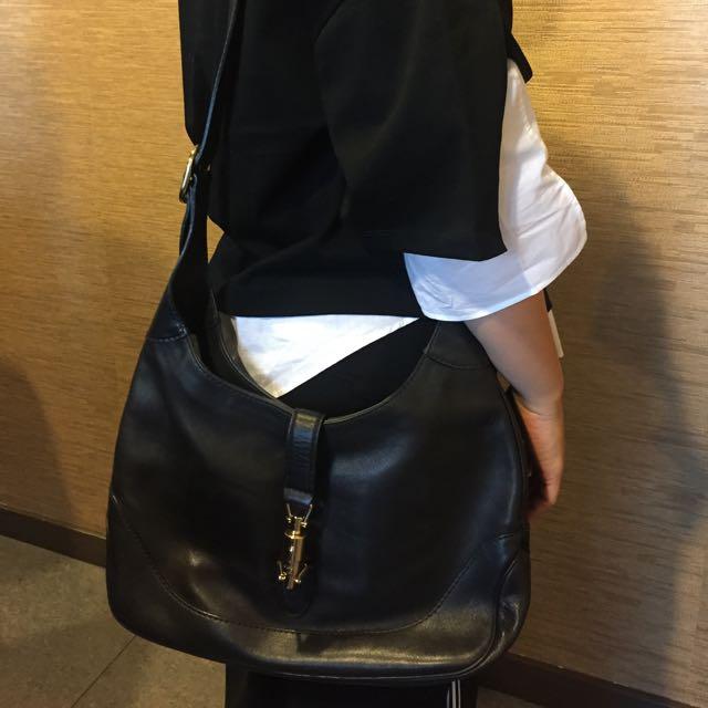 GUCCI經典款黑色直扣女用背包