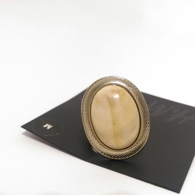 戒指H&M粉系石戒指