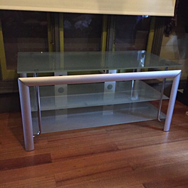 Morden TV table!Reduce!perfect condition