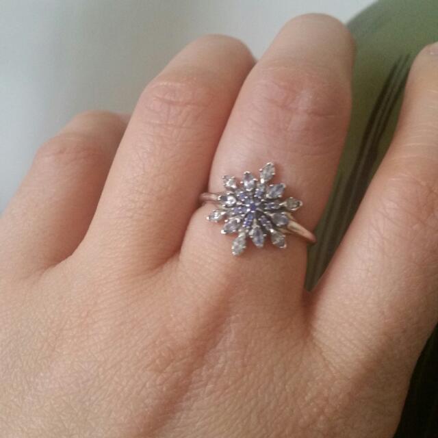Pandora Crystallised Snowflake Silver Ring