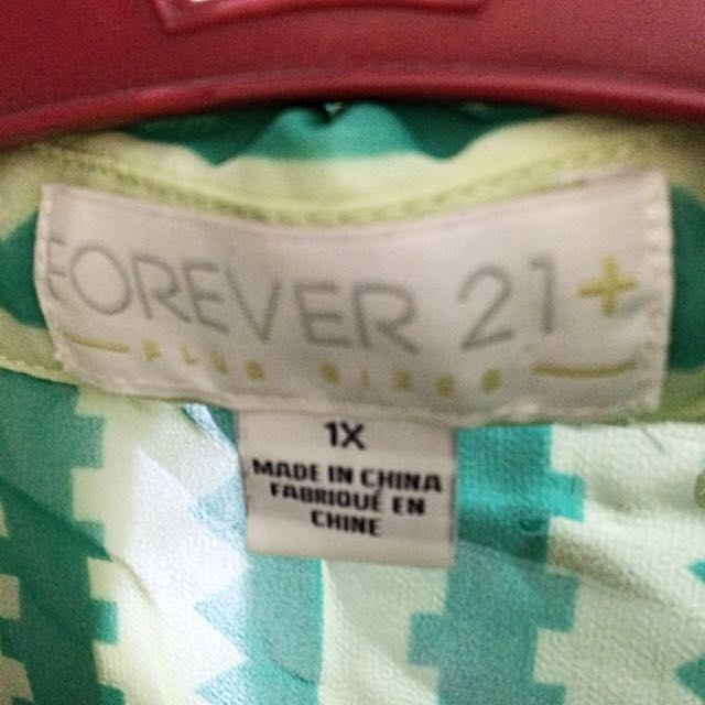 Plus Size: Forever 21 Top Sleeveless