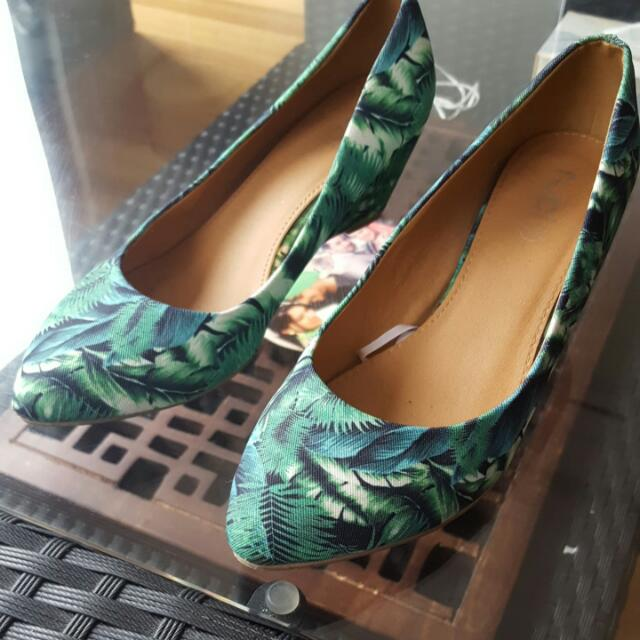 RUBI SHOES SIZE 38 ONLY WORN ONCE