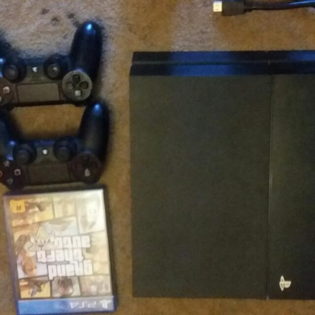 Selling ps4 for $380 come with hdmi, power cord, one controller and gta v. Everything is in %100 good condition