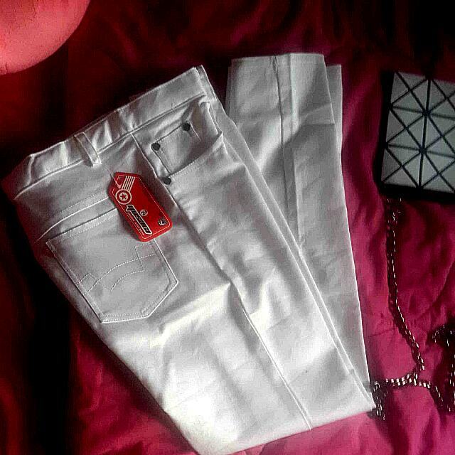 White Pants New With Price Tag