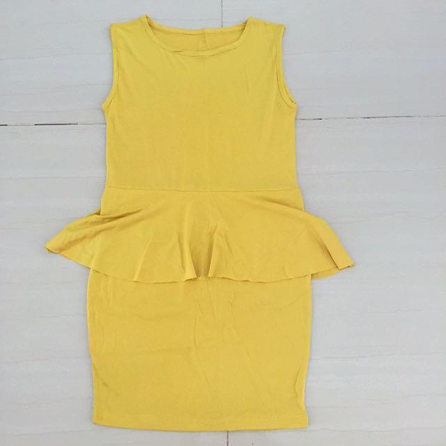 Yelow peplum Dress