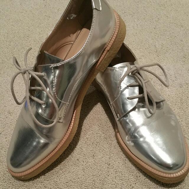 ZARA Silver Shoes Size 40EU