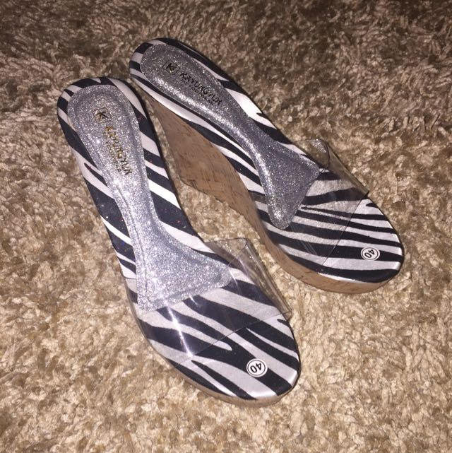 Zebra Wedges