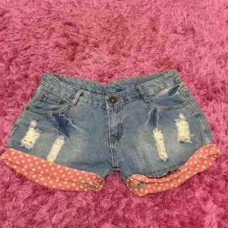 distressed shortpants